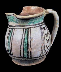 Brocca, maiolica arcaica prodotta a Pisa